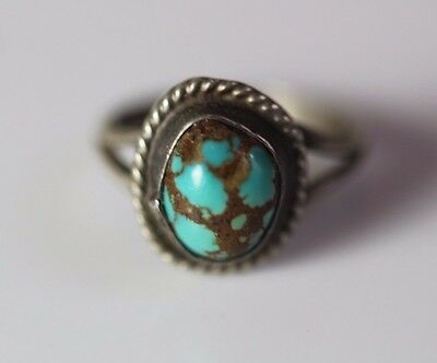 Vintage STERLING SILVER TURQUOISE RING Navajo Native American Ring Size 4.5
