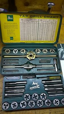 Vintage ACE #614 Super Set   Tap & Die Set,   Made In USA    Very Good Condition