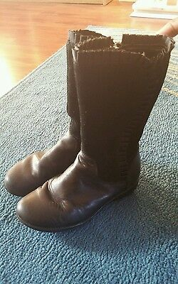 Girls clarks boots 10.5 F