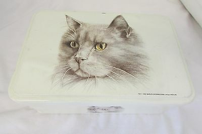 Lovely Cat Tin By Massilly
