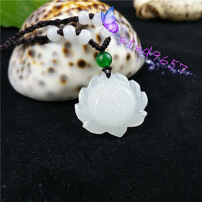 Natural Jade Lotus Necklace Pendant Fashion Chinese Hand-Carved Lucky Amulet