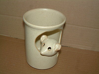 Creamy Beige Pottery Beaker With Sweet Little Mouse Inserted