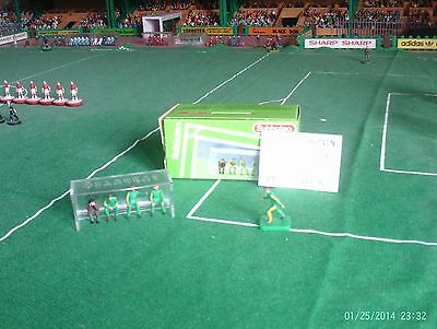 Subbuteo - Manager's Bench and Substitutes (61139) Boxed