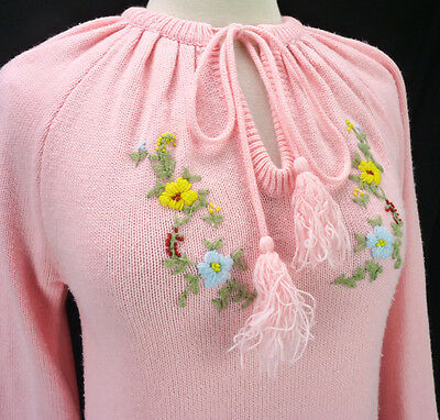 Vintage 70s Pink Crewel Embroidered Drawstring Tunic Boho Hippie Sweater S/M