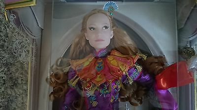 Limited Disney Store Alice through the looking Glass Doll Puppe