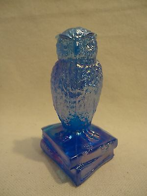 WESTMORELAND Glass LEVAY Signed BLUE Carnival OWL ON BOOKS Figurine OOB-1 /1500