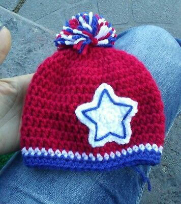 crocheted baby girl boy hat beanie 0-3 months patriotic red white and blue pom