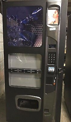 USI Wittern Summit 500 10 Selection Drink Vending Machine