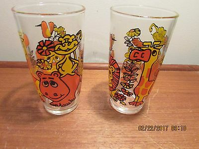 2 Vintage Animal  Drinking Glasses 1970's Excellent Condition  1 pint