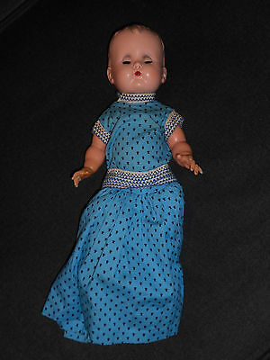 VINTAGE 1950's IDEAL 13 inch BETSY WETSY DOLL SOFT RUBBER BODY HARD PLASTIC HEAD