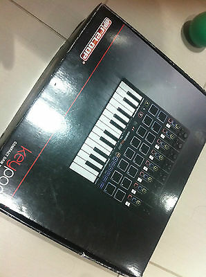 Reloop Keypad Midi Keyboard 25 Key With Pads And Ableton