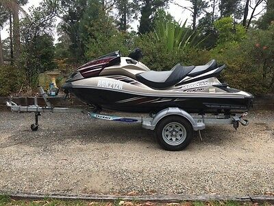 2011 Kawasaki 300LX Jetski supercharged with Trailer