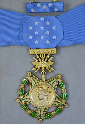 Boxed US WW2 Congressional Order, Air Force,MEDAL OF HONOR RARE! New Year Sale