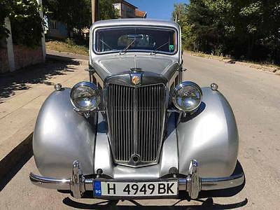 Mg Yb Saloon 1952 New Attractive Price