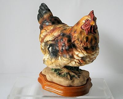 HEN Figurine Statue Farm  barnyard Country NEW !!  Resin on Wood Base