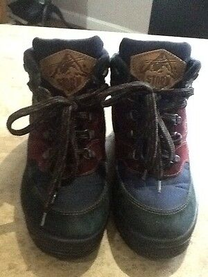 Storm Walking Boots Size 5