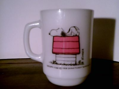 1958 Anchor Hocking Fire King SNOOPY Milk Glass Coffee Cup  Schulz 10 oz White