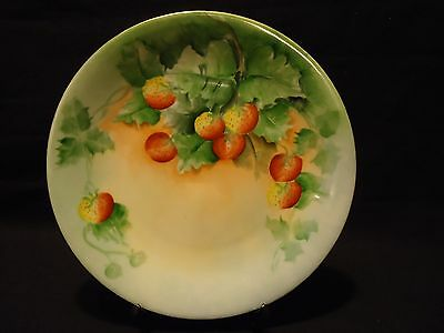 """Old D&L Delinieres France STRAWBERRY Hand Painted Porcelain 8 1/2"""" CABINET PLATE"""