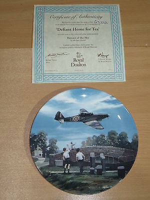 Royal Doulton Heroes Of The Sky Boxed Plate - Defiant Home For Tea 6322A