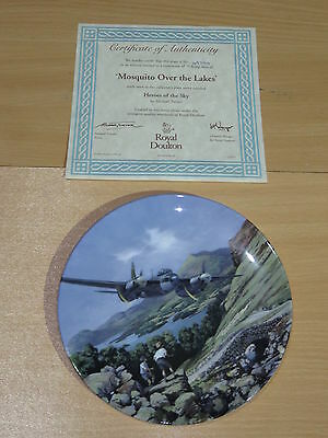 Royal Doulton Heroes Of The Sky Boxed Plate - Mosquito Over The Lakes 4979A