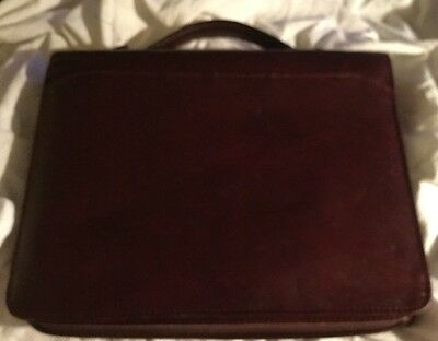 Vintage Design-a-Day Portfolio 3-ring Binder Zip Around Closure  Burgundy