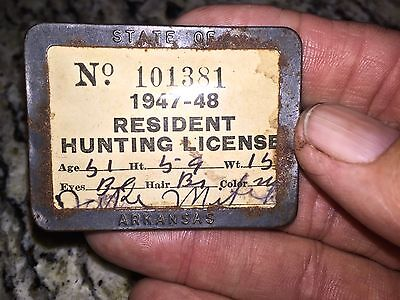 Arkansas State Resident Hunting License 1947-48 Metal Frame Pin Back Authentic