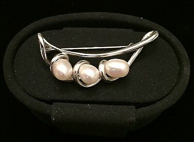 Mikimoto Cultured Pearl Magnificent Brooch Pin Sterling Silver M-22