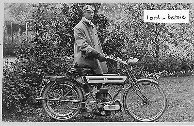 R.P. Postcard of a Vintage Triumph Motor Cycle Reg No BE 916 - (Lincoln)