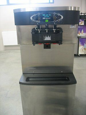 TAYLOR C713 ICE CREAM MACHINE for SOFT ICE PERFECT CONDITION!!! MODEL: 2014