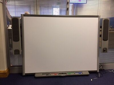 Smartboard  SB660 interactive board with pens, holder and speakers