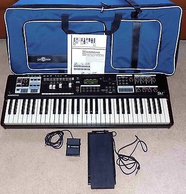 Hammond SK1, 61 Note Keyboard, MINT CONDITION + Extras