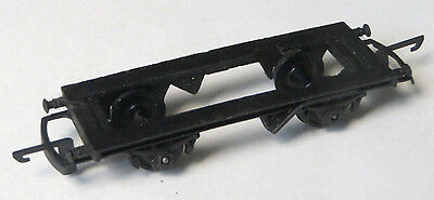 Triang chassis with wheels and coupling for TT gauge long wagon, TT scale spare