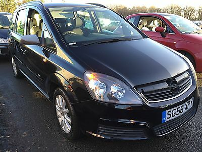 2006 Vauxhall Zafira Club Black 7 Seats, Dented Tailgate, Some Scratches 1Fowner