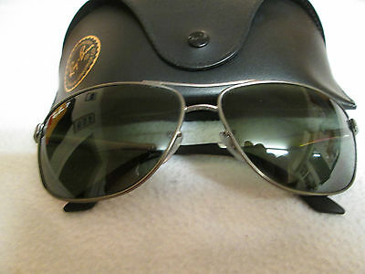 Ray Ban silver / black frame polarized sunglasses. RB 3506. With case.