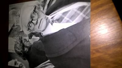 Michael Foot Signed Black And White Photo Card 5 1/4 In X 4 In Superb Autograph