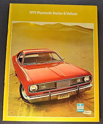 1971 Plymouth Duster & Valiant Catalog Brochure 340 Scamp Excellent Original 71
