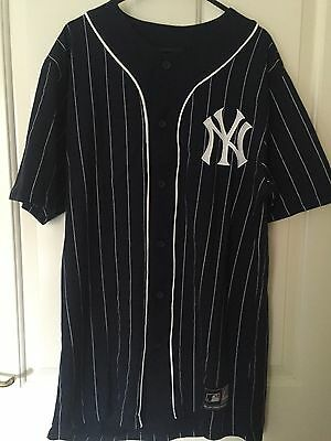 Men's New York Yankees Baseball Jersey In Size Small