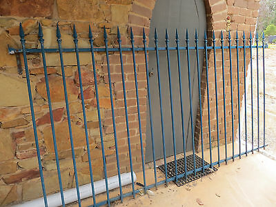 Security Fencing / Pool Fence - Spear Tops