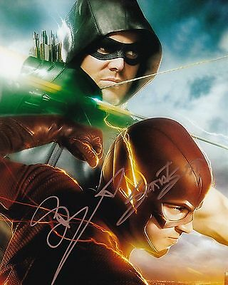 The Flash & Arrow Glossy Print - Signed By Stephen Amell & Grant Gustin