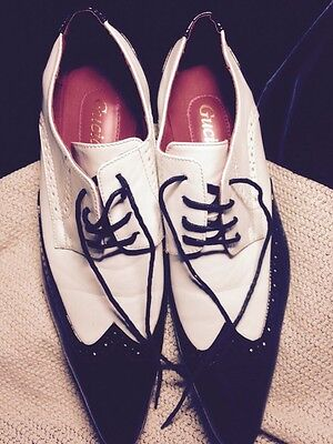 Pair Of Men's Guciani  Black And White Patent Leather Shoes Size9