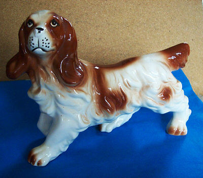 vintage springer spaniel dog figurine, hunting dog figurine  marked Japan