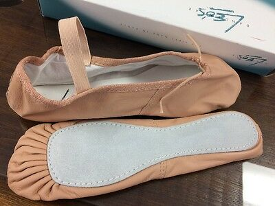 NIB New Leo's Pink Leather Full Sole Ballet Shoes Ladies 6 (8)