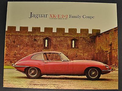 1966 Jaguar XK-E 2+2 Sales Brochure Folder Nice Original 66