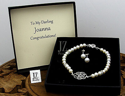 Freshwater Pearl Bracelet with S/Silver Flower Charm & Clasp & Crystal Beads