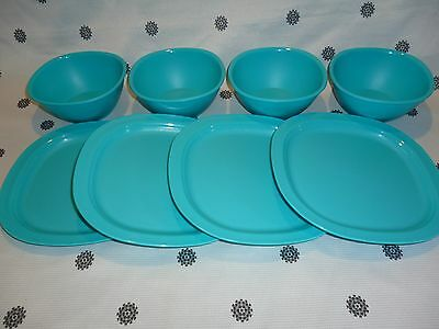 Tupperware  Set of 4 Bowls &  Lunch Plates Blue NEW!
