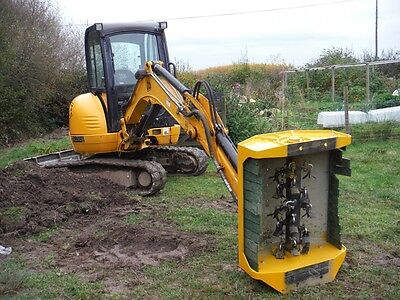 New (ex demo) mini excavator flail head digger hedge cutter. fits 3-5.5T digger.
