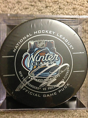 MARIAN GABROIK Signed 2012 NHL Winter Classic Official Game Puck HOCKEY INK