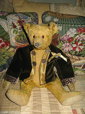 ANTIQUE STEIFF TEDDY BEAR c1920 WITH BUTTON AND PROVENANCE