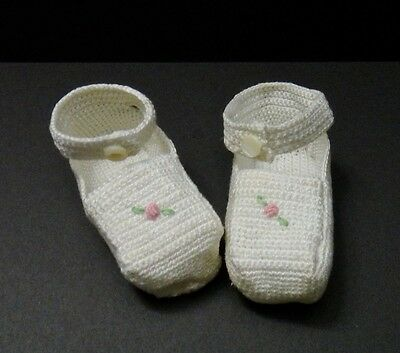 Vintage Baby Crochet Shoes - Infant or Doll - Pink Roses MOP Buttons - Adorable!