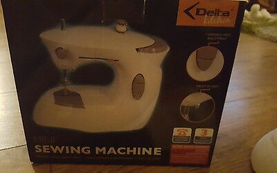 Delta Kitchen Mini Electric Sewing Machine With Light